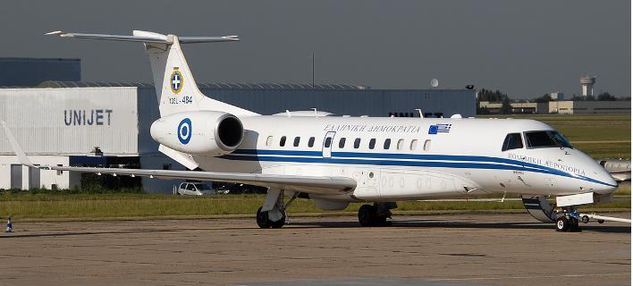 embraer708