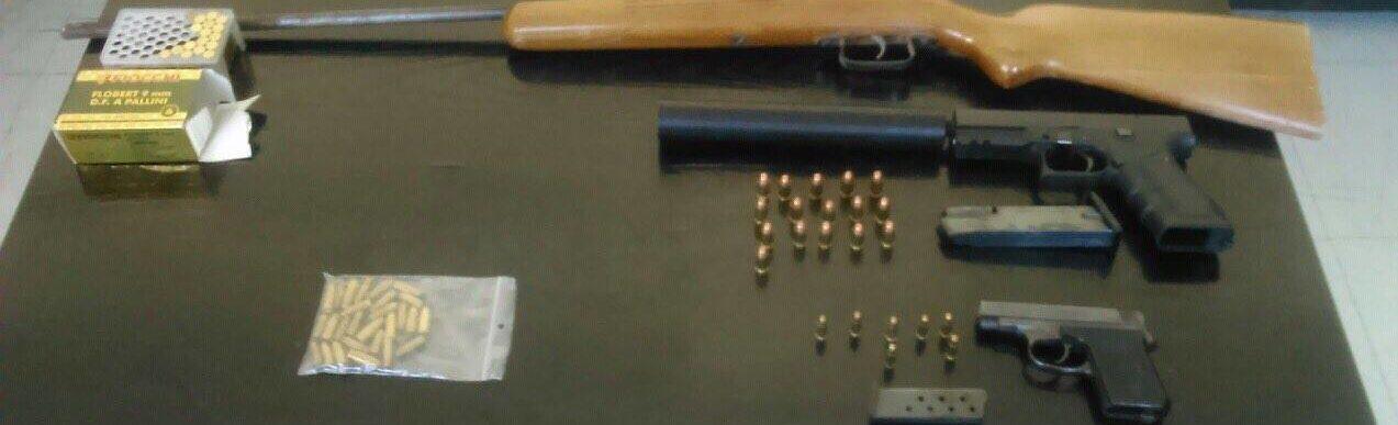 Συναγερμός στη Ξάνθη: Βρέθηκαν όπλα και σφαίρες μέσα σε τζαμί!
