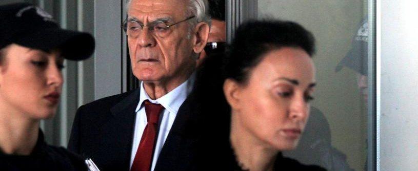 Με νέα φυλάκιση κινδυνεύουν ο Άκης και η Βίκυ Σταμάτη!