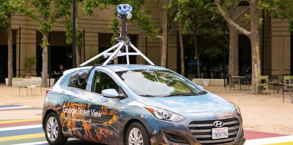 Τα αυτοκίνητα του Google Street View επιστρέφουν